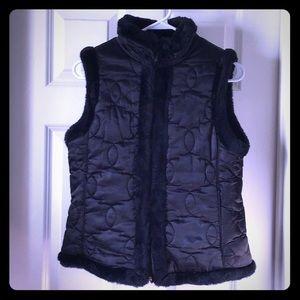👜New York & Company🌹Fur lined Vest
